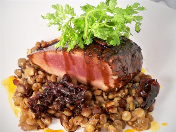 Balsamic Galzed Tuna with Lentils