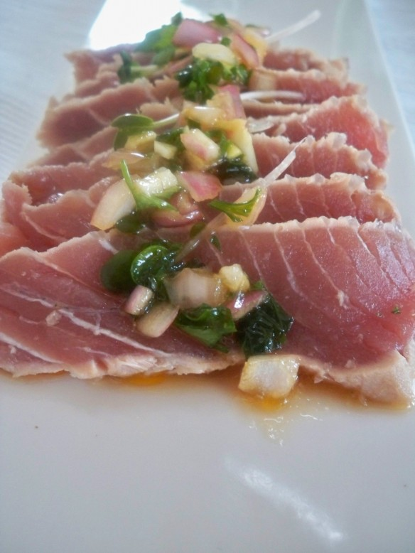 Seared Yellowfin Tuna with Ginger Sesame Sauce