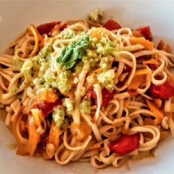 Udon Noodles with Tomato and Garlic