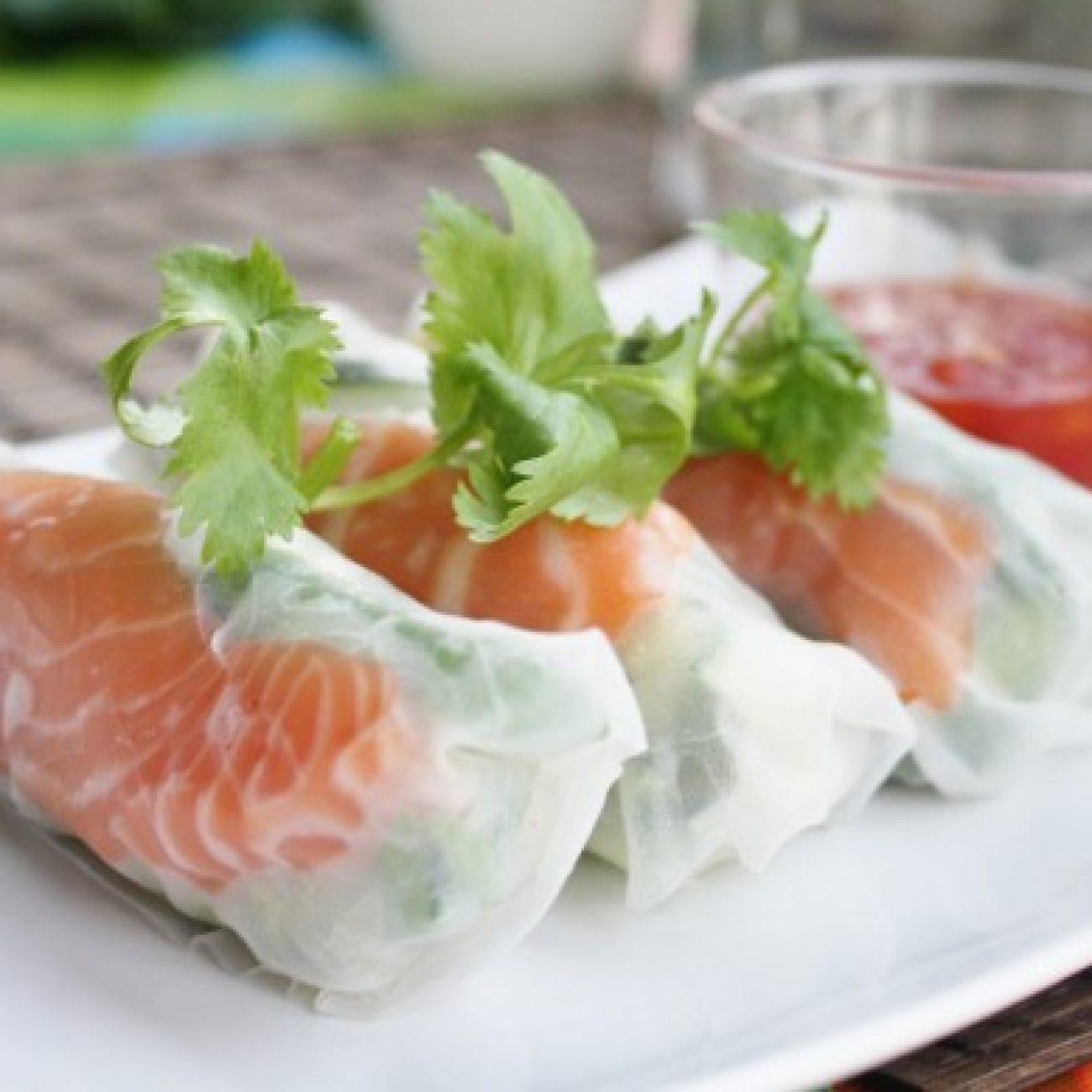 Salad Rolls With Thai Sweet Chili Sauce