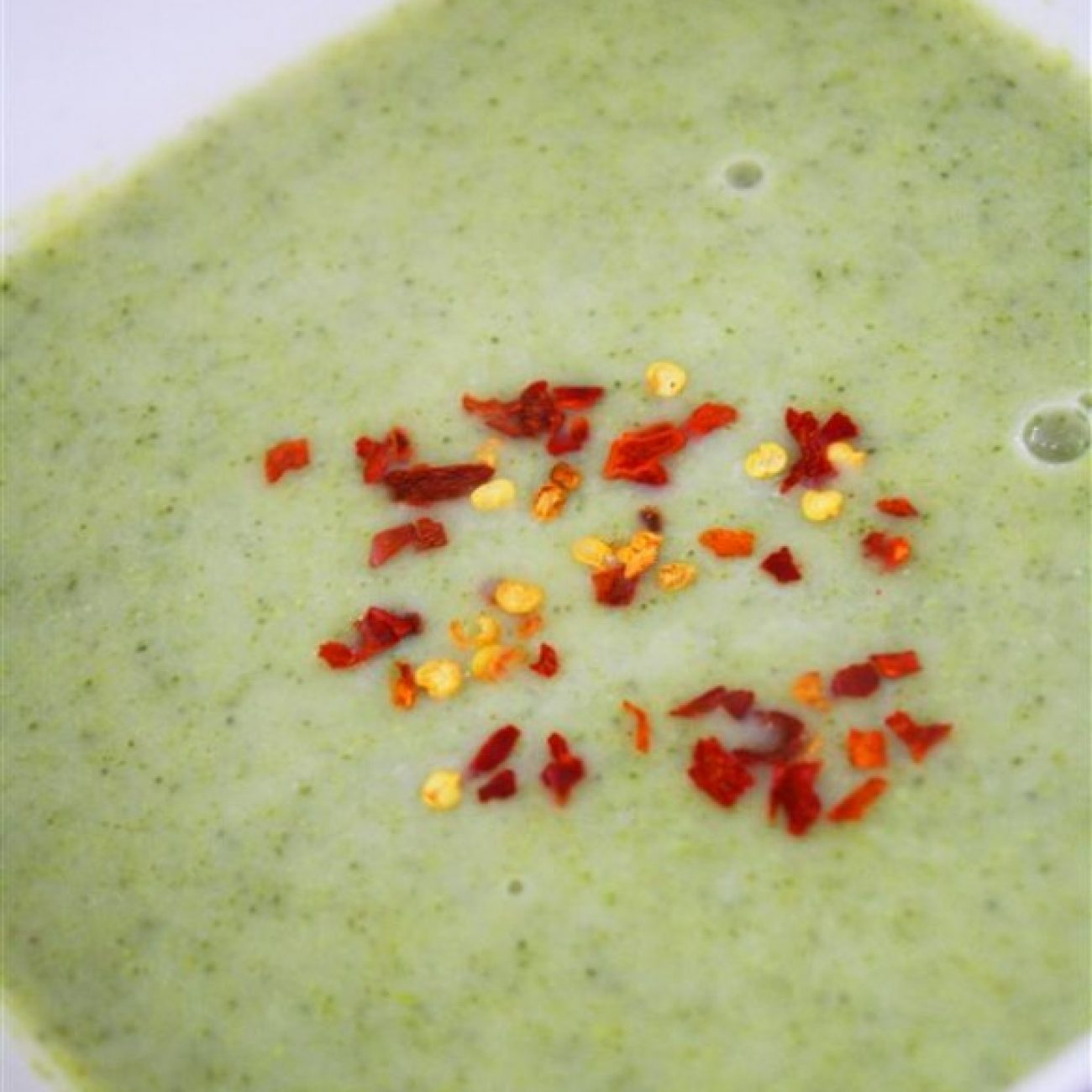 Three Ingredients Best Ever Broccoli Soup